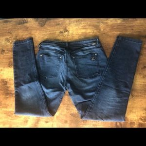 Dl1961 4 way stretch jeans